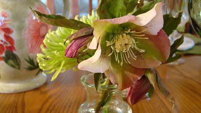 Lenten Rose Tablescape 014